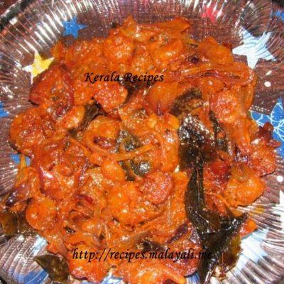 Prawn Tomato Stir Fry (Chemmeen Thakkali Varattiyathu)