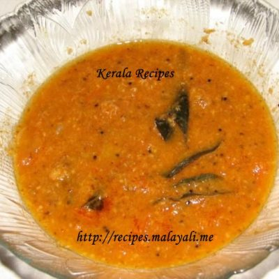 Unnakka Chemmeen Thakkali Curry (Dried Prawns Tomato curry)